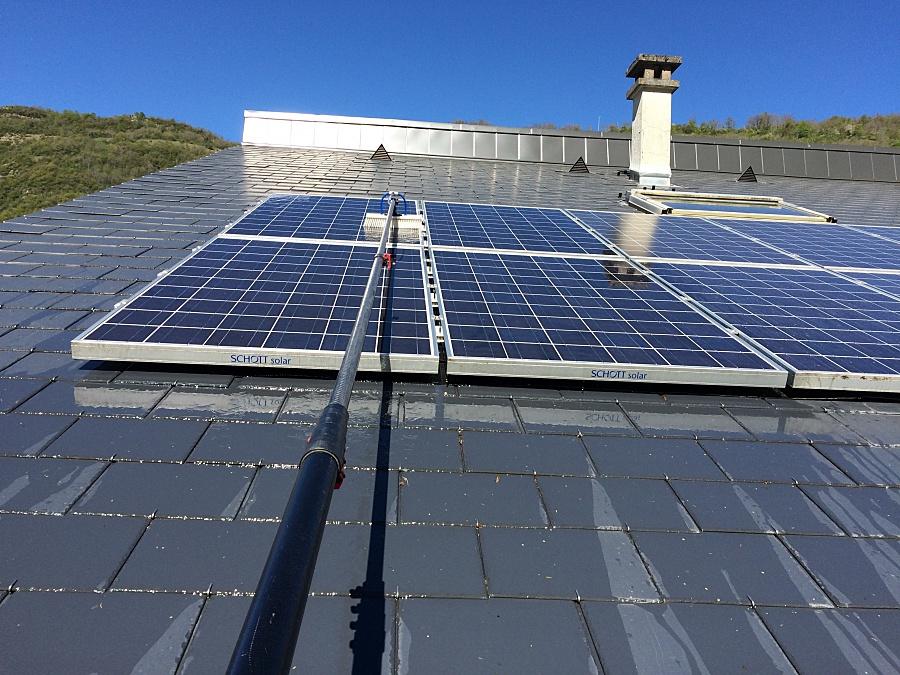 nettoyage panneaux solaires